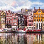 Eerste Booking Cares Lab in Amsterdam